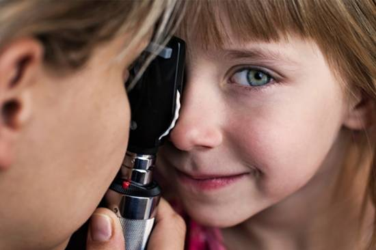 Kid eye exam