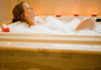 A hot bath or a cycle – which is better for your health?