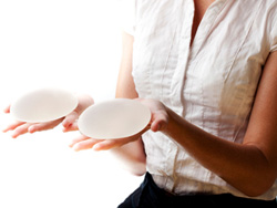 7 Reasons Why Breast Implants Are a Bad Idea