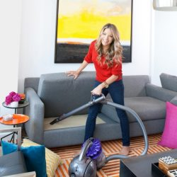 How to Turn House Cleaning Into a Workout!