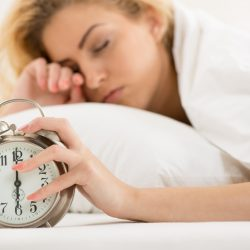 Early risers have lower risk of depression, study finds