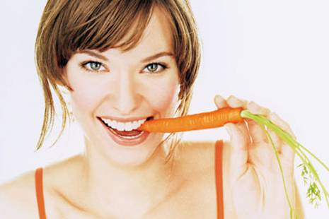 Eat Carrot Picture